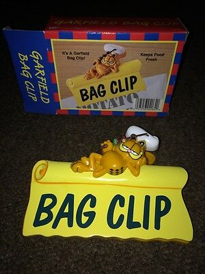 Vintage GARFIELD Chips Bag Clip Plastic New in Box