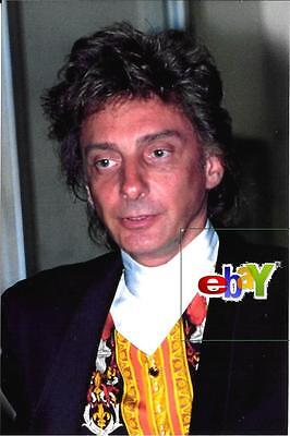"BARRY MANILOW - 1992 - 4 original 4x6"" color photos"