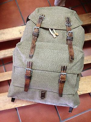 Vintage 1958 Swiss Army Military Backpack Rucksack Good Condition Salt & Pepper