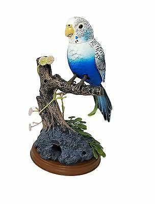 Haktoys Battery Operated Realistic Singing & Chirping Bird with Penholder