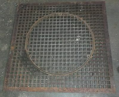 "ANTIQUE CAST IRON FLOOR GRATE VENT REGISTER LARGE 31"" SQUARE w/ 21"" ROUND GRATE"