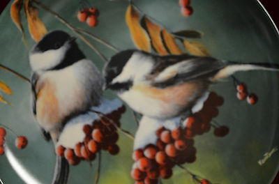"""Collector plate1986  """"The Chickadee"""" by Kevin Daniel #179s Knowels 8.5"""" diameter"""