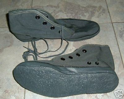 US NAVY SEAL-UDT CORAL BOOTS/ CREEPERS size 9 NEW NEVER ISSUED