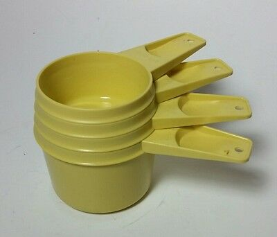 TUPPERWARE Yellow Stacking Vintage MEASURING CUPS Set of 4 Free Shipping