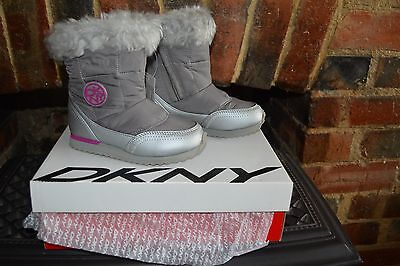 *BARGAIN* DKNY SUTTON MOON BOOTS - GREY - BRAND NEW IN BOX Size 9.5