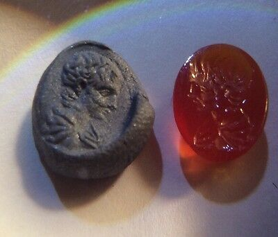 Roman Egypt - Ring Stone =  Boy In Toga Virilitus - Agate