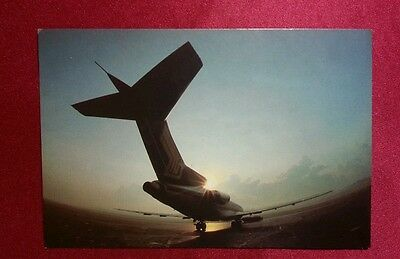 Old SIA Boeing 727 Singapore Airlines Postcard official ppc