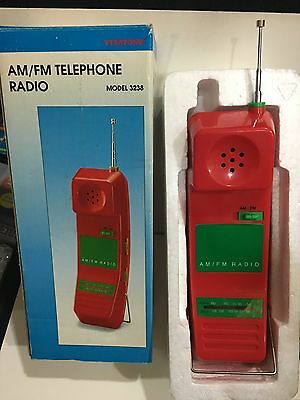 VINTAGE NOVELTY MOBILE PHONE RADIO BAND AM(MW)-FM 1970s MINT BOXED