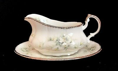 Paragon First Love Gravy Boat With Under Plate Bone China England