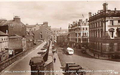 MALL SHOWING CANNONS LONDONDERRY DERRY IRELAND IRISH POSTCARD No. R142