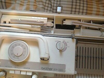 Brother KH260 Chunky knitting machine and ribber