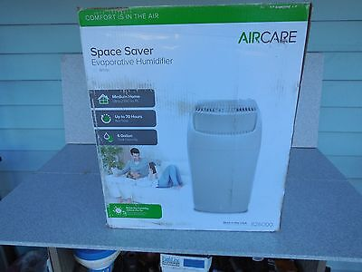 New Aircare 826000 Space Saver Evaporative Humidifier / Medium House 2300 Sq Ft