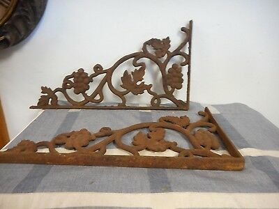 2 Vintage Rustic Cast Iron Arch Corner Doorway Brackets Grapes Leaves Corbels