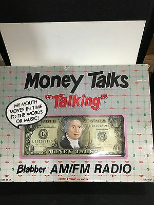 VINTAGE NOVELTY MONEY TALKING RADIO BAND AM(MW)-FM 1970S -1980s WITH BOX