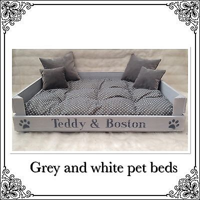 MEDIUM Grey Shabby Chic Pet Dog Cat Bed & 4 Cushions Can Be Personalised