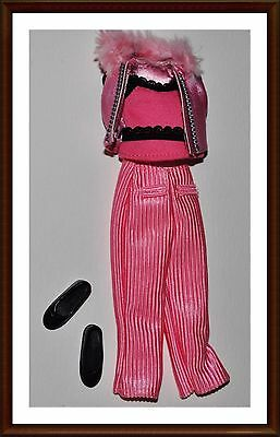 Adorable Set Of Clothes - For Stacie Doll  - W/ Shoes  - Barbie - Lot 44