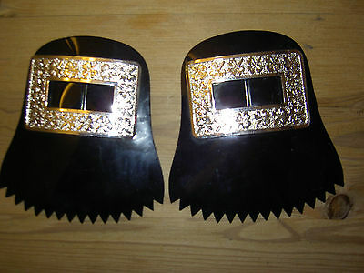 Pair of Irish Pipers Silver shoe buckles with lace protectors shamrock pattern