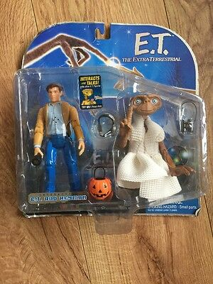 Toys r us Interactive E.T and keyman / E.T the extra terrestrial, Sealed On Card