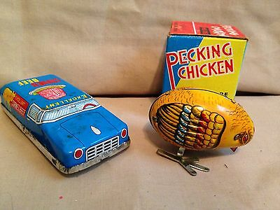 small Tin metal Toys Wind Up pecking chicken chic corn beef car-china-vintage?