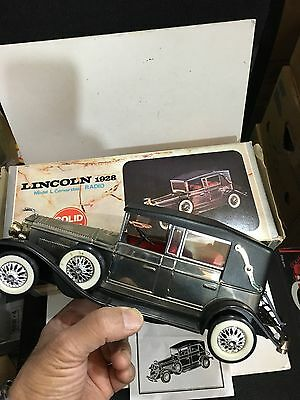 Vintage Novelty Radio In A Shape Of A Lincoln 1928 Band Am(Mw)1970S With Box