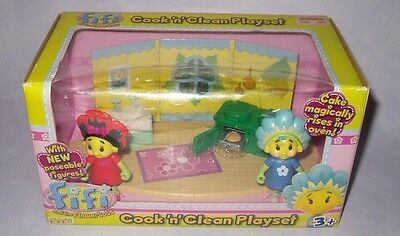 FIFI & THE FLOWERTOTS COOK N CLEAN PLAYSET w Fifi & Poppy Figures NEW BOXED BNIB