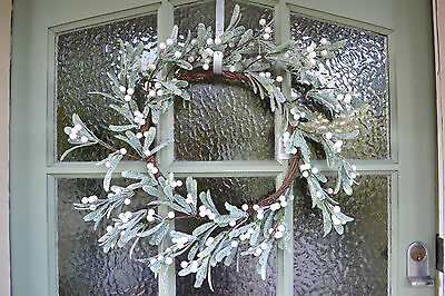 Gisela Graham Frosted Mistletoe Christmas Wreath Luxury Door Wreath 45 cm