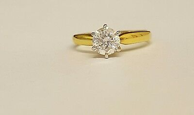 18ct gold solitaire diamond ring 1.04ct