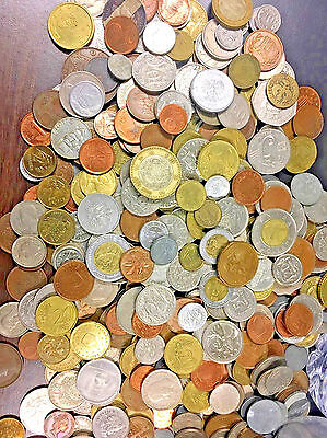 50 FOREIGN WORLD COINS No Duplicates in each Lot + A Free6 world Bank Notes ._.