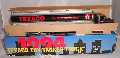 TEXACO TOY TANKER TRUCK 1ST IN SERIES LIGHT & SOUND New