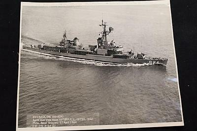 Military Ship Photograph Uss Basilone (Dd-824) Real Photo (P130)