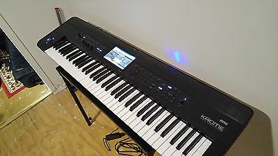 Korg Krome 73 Music Workstation + Keyboard gig case NEAR BRAND NEW