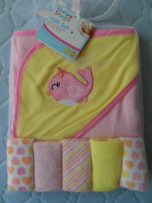 Special Price  . Hooded Baby Towel And 5 Washcloths  Bird