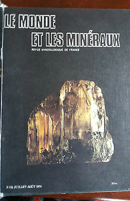 Bound Volune of 10 Editions of Le Monde et Les Minerraux French Luxury Min Mag