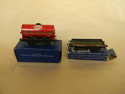 Hornby Dublo Royal Daylight Oil Tanker boxed & Flat bed wagon