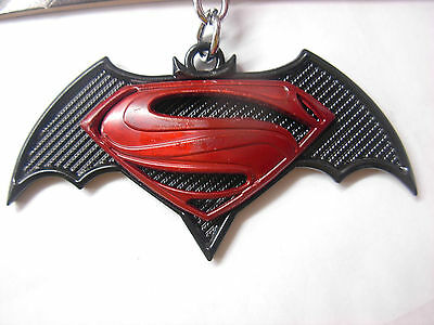 Batman Vs Superman metal keyring. Nice large item. Ideal present