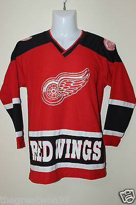 NHL Detroit Red Wings #19 YOUTH MED/10-12 Ice Hockey Jersey by Winning Goal