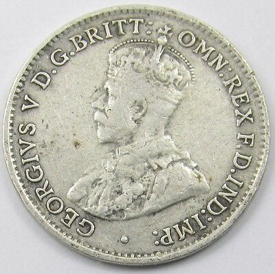 AUSTRALIA  - KING GEORGE V SILVER THREEPENCE COIN dated 1934