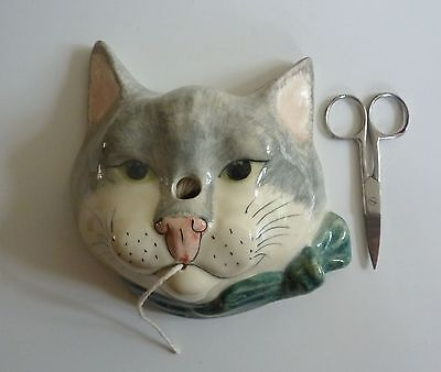 Babbacombe Pottery Lowndes Pateman Grey Cat String Scissor Wall Plaque