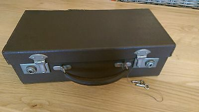 VINTAGE TRAVEL VANITY CASE 10 PIECES 1950,s FAUX TORTOISE SHELL FINISH LOVELY !!