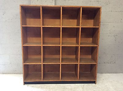 20th Century Beech/Birch Pigeon Holes Bookcase Storage