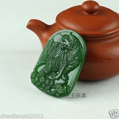 China hand-carved green jade Zodiac tiger Pendant Amulet Necklace
