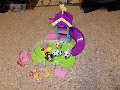 Chubby puppy lot playset 4 puppies and more extras