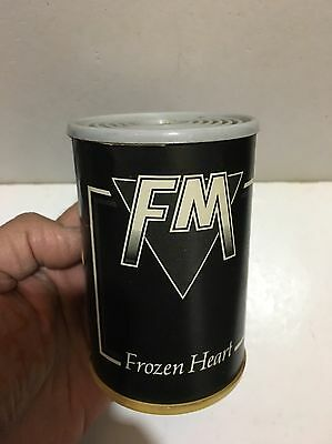 VINTAGE NOVELTY FM Frozen Heart RADIO AM(MW)-BAND  1970s-1980s