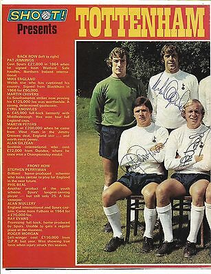 TOTTENHAM HOTSPUR / SPURS 1970-71 - TEAM GRUOP SIGNED x 4