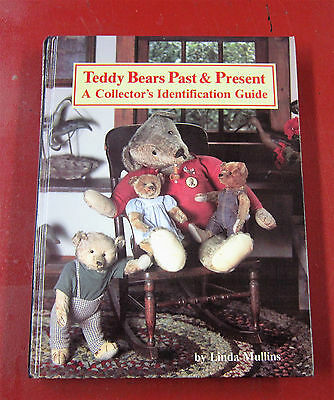 Teddy Bears Past & Present hardcover coffee table book autogrpahed by Linda Mull