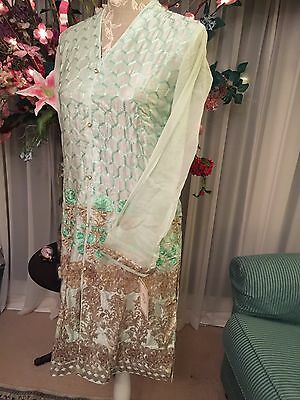 Agha Noor silk  latest design beautiful embroidery elegant pearl buttons