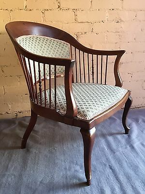 Lovely Antique Vintage Nursing Bedroom Chair