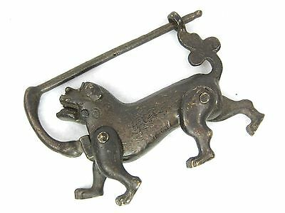 Vintage Chinese Bronze Lock Foo-Dog Shape With Bat Key In Good Working Condition