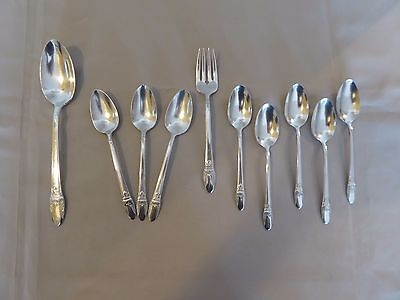 Lot of 10 1847 Rogers Bros. IS First Love Pattern Silverplated Flatware