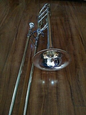 Very Nice Getzen Eterna 725 II Trigger Trombone with Bag and 6 1/2 AL Mouthpiece